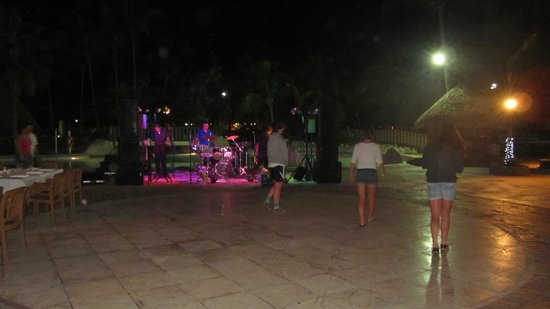 Doubletree Resort by Hilton, Central Pacific - Costa Rica:                   Outside main restaurant bar area