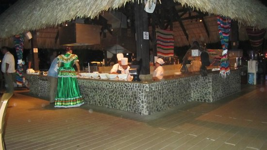 Doubletree Resort by Hilton, Central Pacific - Costa Rica:                   Reserved dinner night - mexican theme!