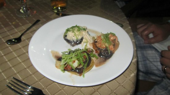 Doubletree Resort by Hilton, Central Pacific - Costa Rica:                   Mexican night...the BEST!