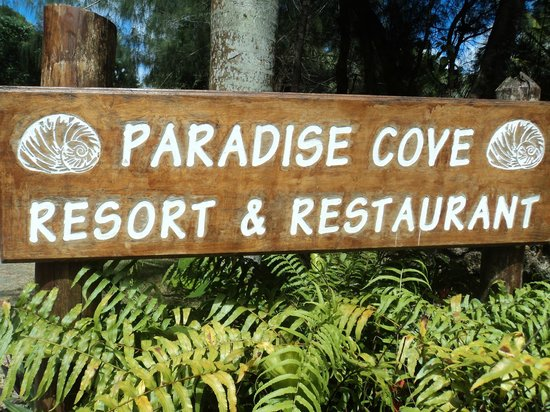 Paradise Cove Resort: Entrance to Paradise Cove