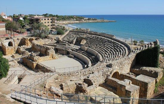 Tarragona, España:                   Амфитеатр