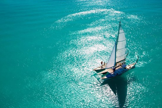 Providenciales: Sail Beluga, Turks and Caicos Islands