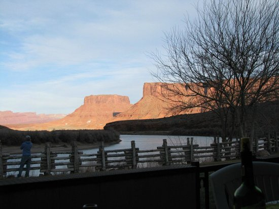 Red Cliffs Lodge:                   view