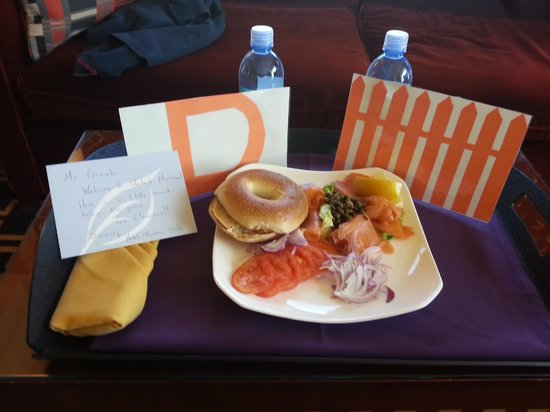 Kimpton Hotel Marlowe: Awesome welcome amenity including bagel w/ lox, capers, and tomatoes