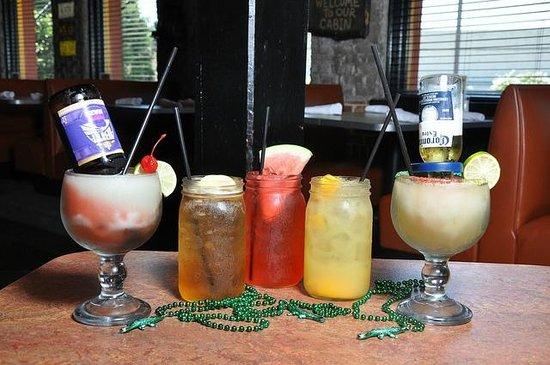 Razzoo's Cajun Cafe : Mason Chillers & Coronita Ritas!