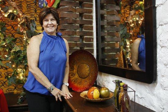 Casa Madrilena :                   Doña Margarita Bischoff, muy Guapa!