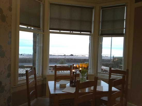 Eden Lodge Hotel: View out to sea whilst dinning