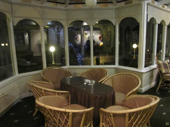 Park Manor Hotel: Conservatory