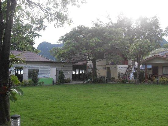 Phi Phi Rimlay Cottage :                   views