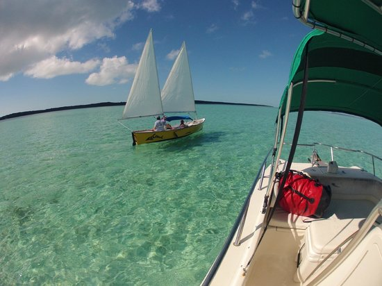 Out-Island Explorers Day Charters: Sailing in the Sea Pearls