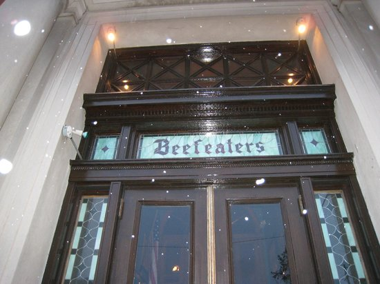 The Beefeaters Restaurant: Beefeater's entrance