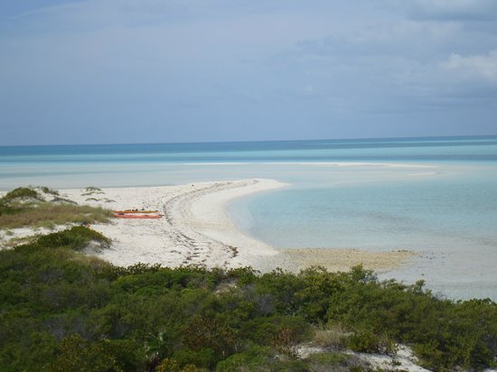 George Town, Great Exuma: Osprey Cay,whether by powerboat, by sailboat or by kayak is a beautiful spot in the Cays.