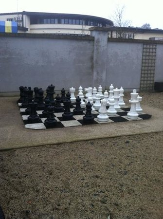 Amber Springs Hotel and Health Spa:                   chess set out the back of hotel