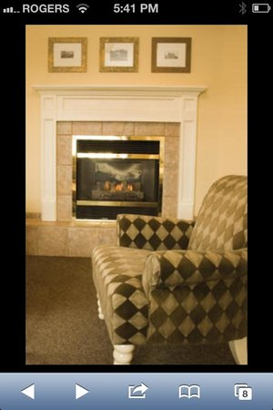 Annex Room Restaurant & Inn:                                                       Fireplace at The Annex Room suite