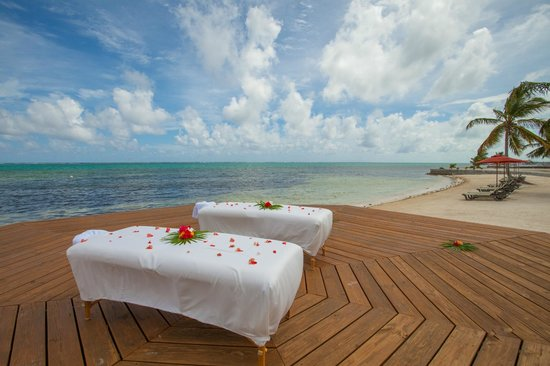 Grand Caribe Belize Resort and Condominiums: Outdoor Spa Services