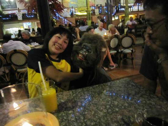Made's Warung:                   With a monkey *^-^*