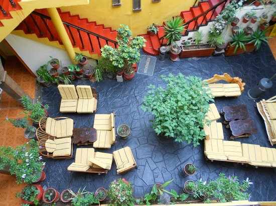 Hostal Cusi Wasi:                   patio