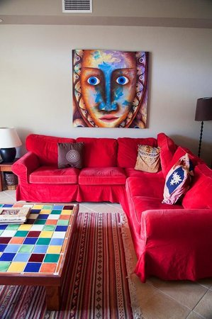 CayeReef:                   Loved the bright colors.  Sofa was very comfortable
