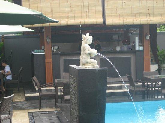 ذا بانيوماس فيلا: New Bar and Kitchen