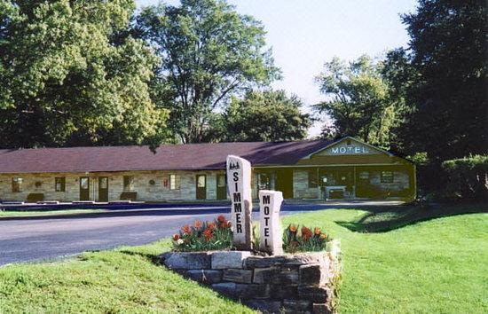 Simmer Motel: Simmer In The Summer