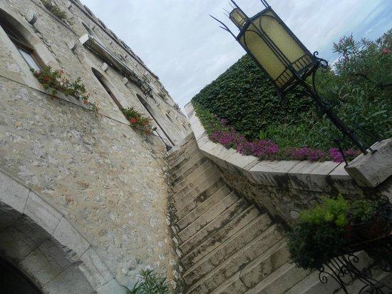 Hotel Castello Miramare:                   Scala
