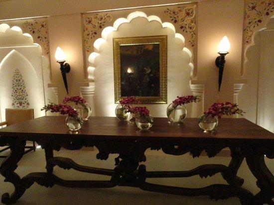 Fairmont Jaipur:                   Hallway