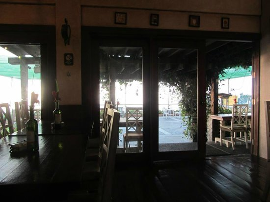 Joaquin's Bed and Breakfast :                   The restaurant while having breakfast