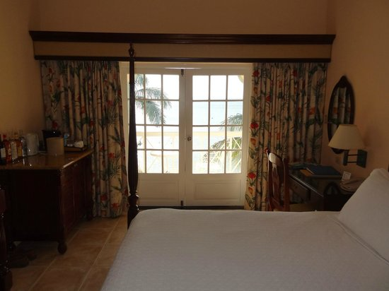 Sandals Negril Beach Resort & Spa:                   Ocean front room