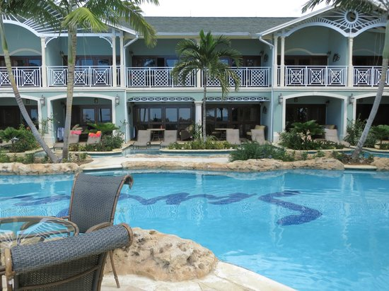 Sandals Negril Beach Resort & Spa :                   Swim up Suites