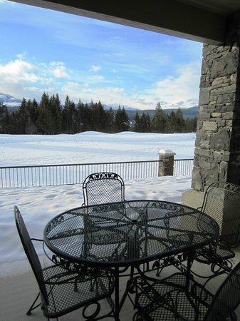 Bighorn Meadows Resort:                   Patio                 