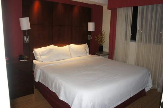Residence Inn Miami Airport: 1 Bedroom suite king