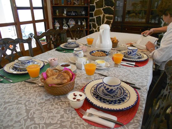 Casa Los Arquitos B&B:                   Breakfast