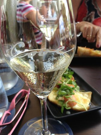 Cove Bar & Dining:                   Good wine by the glass