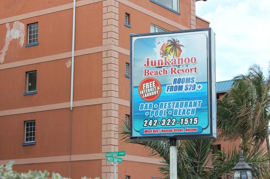 Junkanoo Beach Resort: Sign