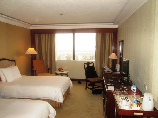 Marco Polo Plaza Cebu: My room