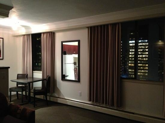 Century Plaza Hotel & Spa:                   soggiorno della suite