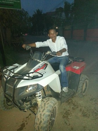 Angkor Wat Tour Guides - Private Day Tours:                   Quad bike