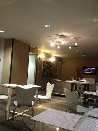 كازا هوتل فورتي فيفث ستريت: Le lounge