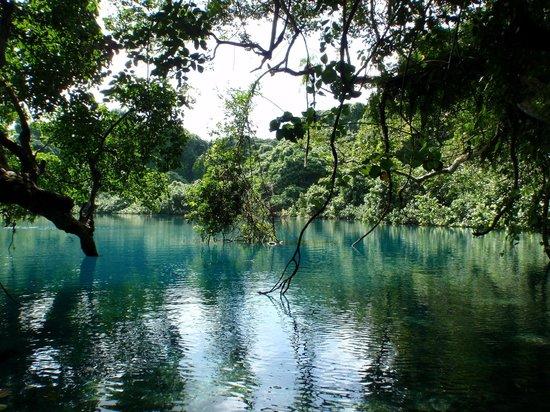 Bokissa Private Island Resort: Blue Hole