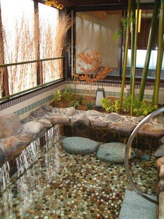 Dormy Inn Premium Kyoto Ekimae:                   露天風呂
