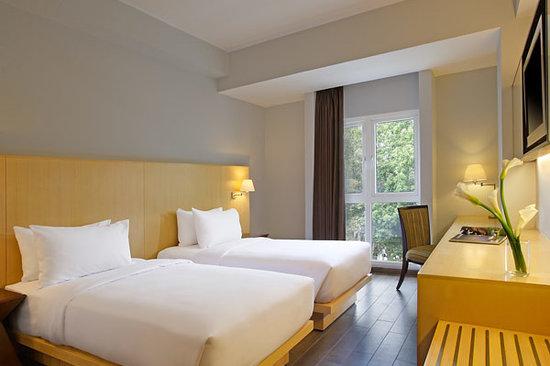 Hotel Santika Mataram: Superior Room