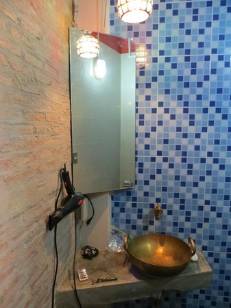 Silom Art Hostel:                   Bathroom
