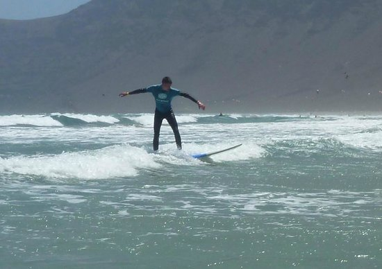 Lava Flow Surf Lanzarote:                   Wim