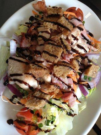 The Little Crown Inn & Restaurant: Early Bird - Chef's Salad