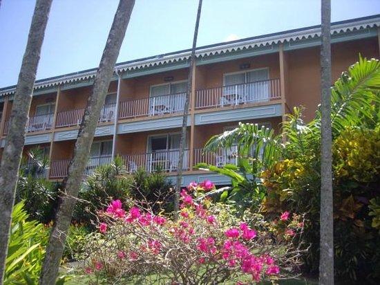 Hotel Bakoua:                   vue de notre chambre au 1er étage
