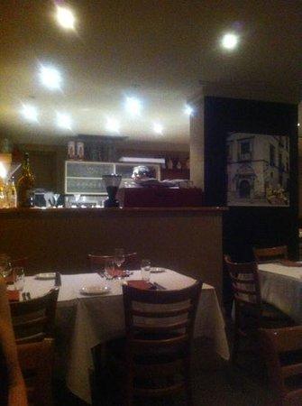 Tre Pesci Italian Seafood Restaurant: dinning room