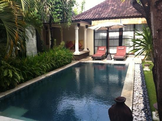The Bli Bli Villas & Spa: pool to two bedroom villa
