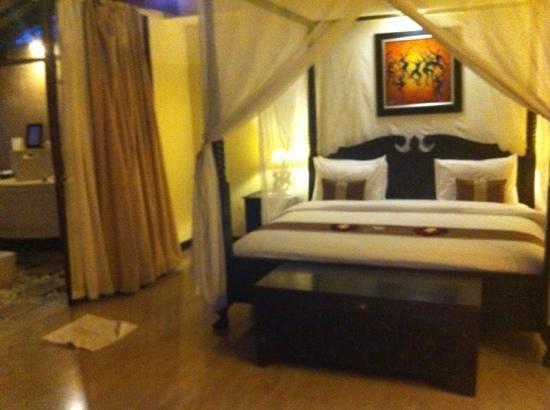 The Bli Bli Villas & Spa: bedroom to two bedroom villa