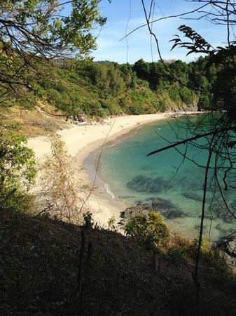 Nui Beach (Haad Nui):                                     hiking down from Noon Bar