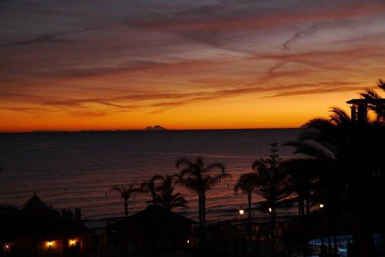 Marriott's Marbella Beach Resort:                   Sunset